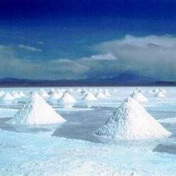 por qué el agua del océano tiene sal