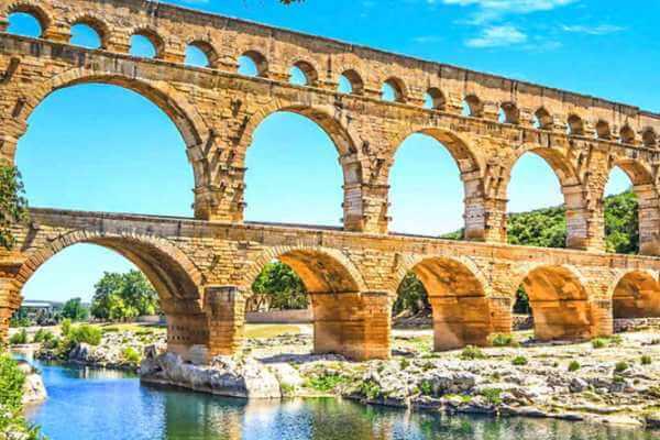 cómo funcionaban lo acueductos romanos