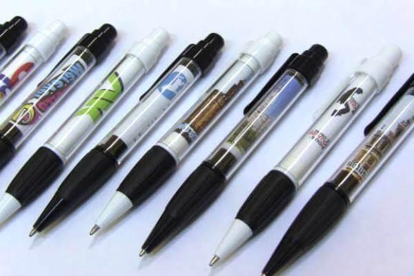 ¿Cómo está hecho el bolígrafo?
