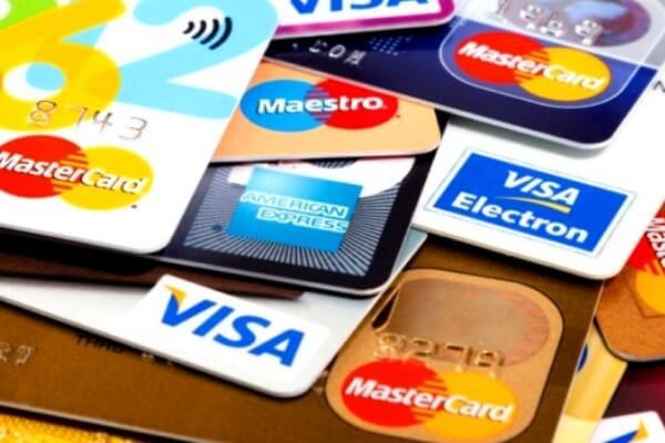 Cómo se hace una tarjeta de crédito