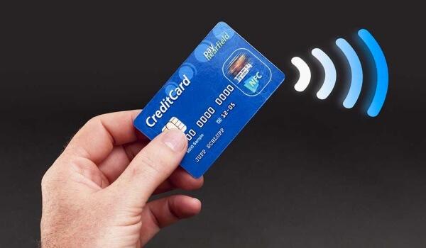 cómo se fabrica una tarjeta de crédito