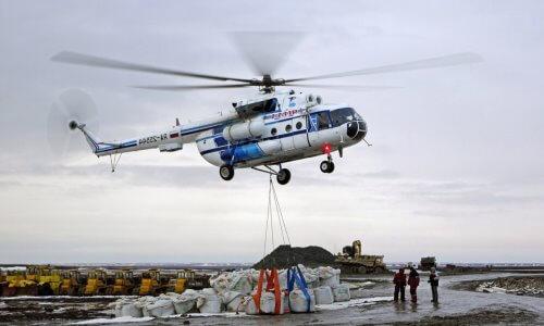 helicóptero grúa
