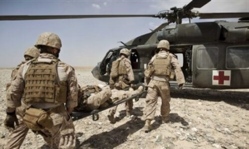 helicóptero militar médico