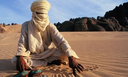 quién vive en el desierto del Sahara
